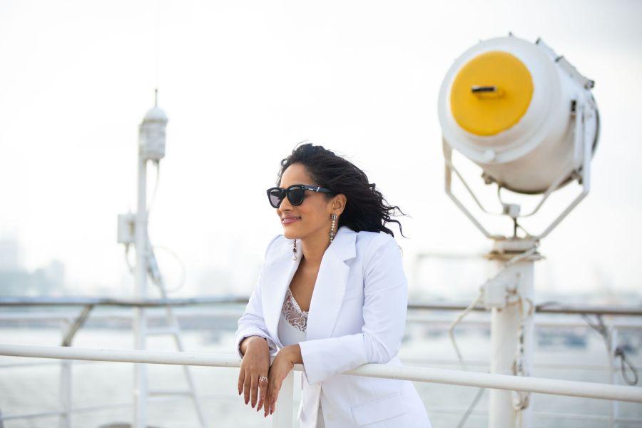 La popular diseñadora Masaba Gupta debutó como actriz con su irreverente y excéntrica serie Masaba Masaba