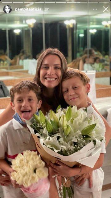 Pampita recibió una sorpresa de sus hijos por el Día Internacional de la Mujer