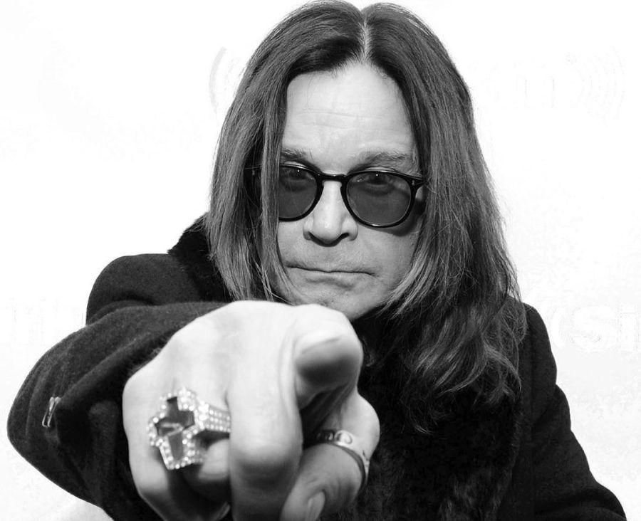 Las nueve vidas de Ozzy Osbourne en una biografía imperdible