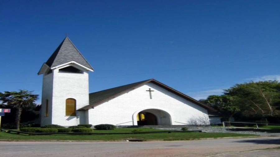 BARKER, Parroquia de Santo Cristo