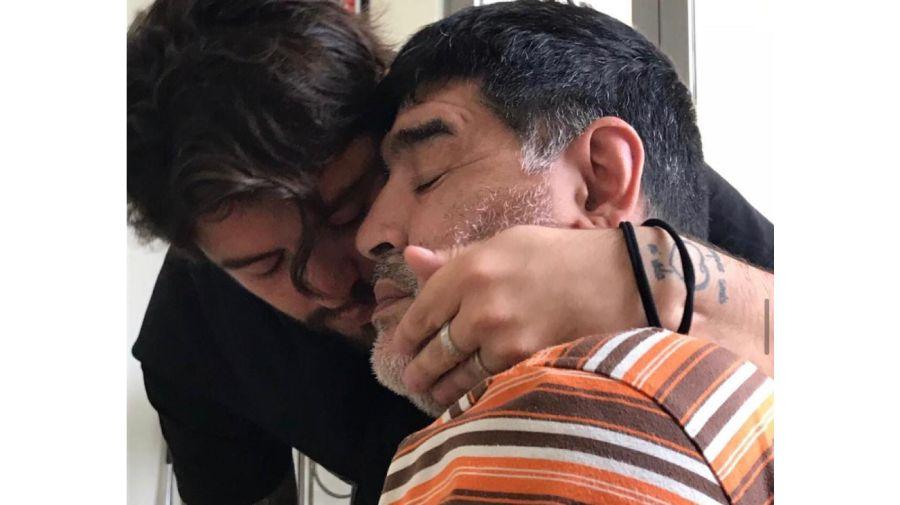 Diego Maradona Jr junto a su padre 0322
