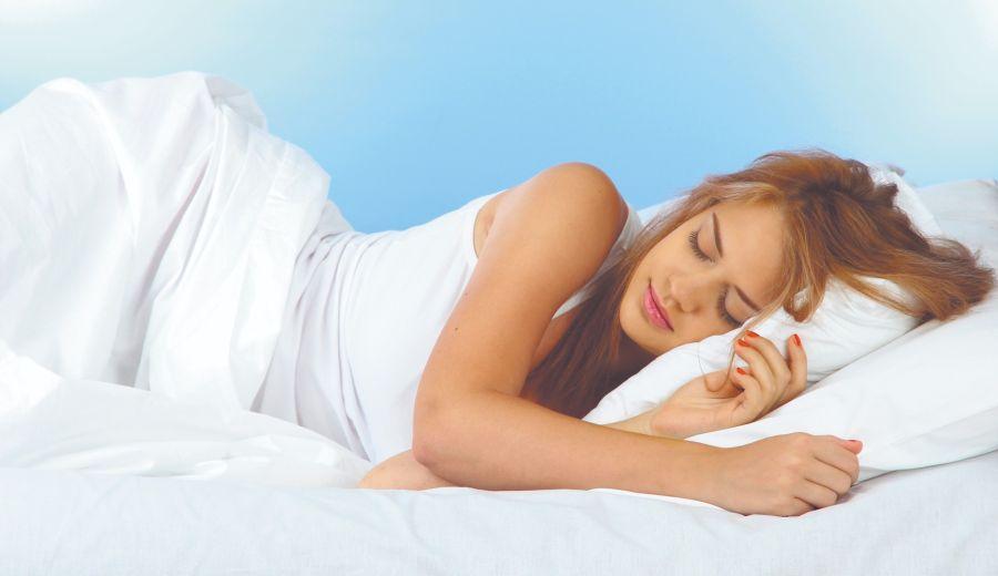 Las infusiones de tilo, manzanilla, valeriana y pasiflora son efectivas para conciliar el sueño.