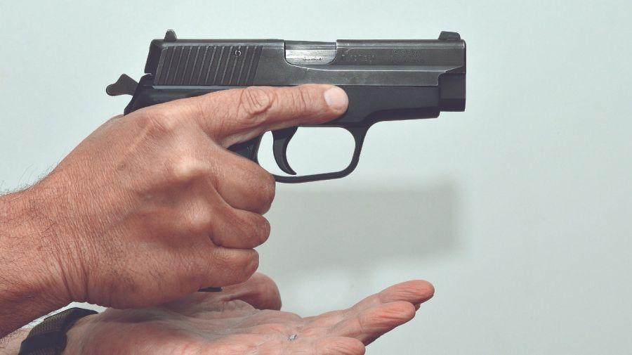 0323_pistola3