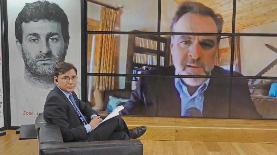 Niall Ferguson, en la entrevista con Jorge Fontevecchia.