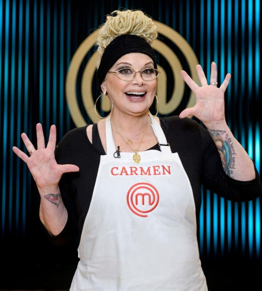 Carmen cambió el look para su regreso a la tevé: Ahora, rastas.