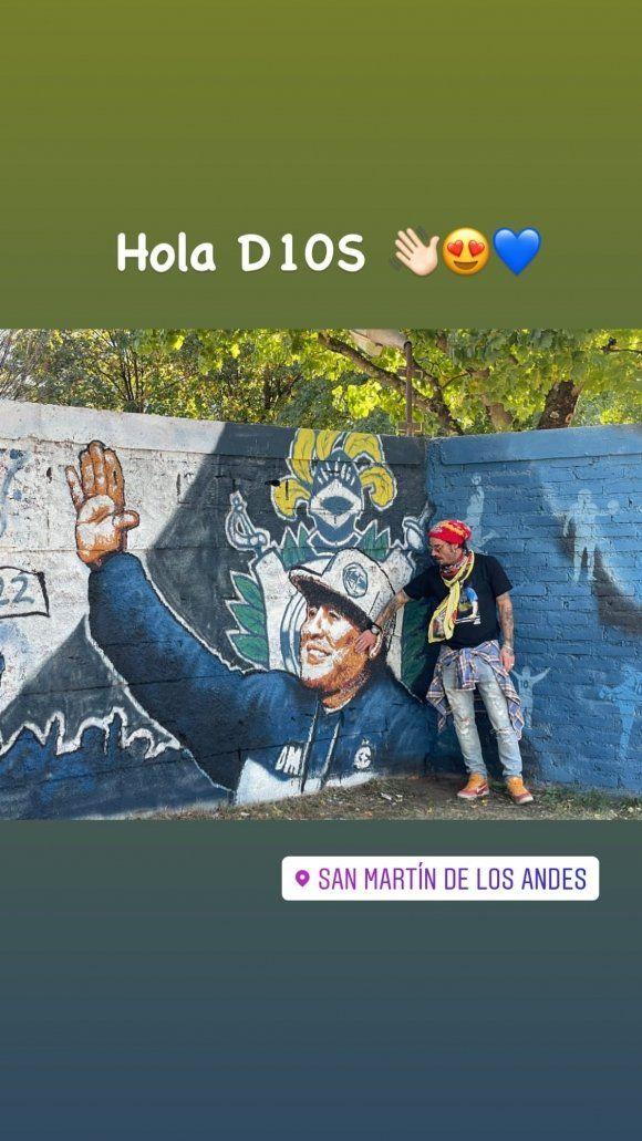 Gianinna y Daniel Osvaldo blaquearon su amor en el Sur y le rindiendo homenaje a Diego