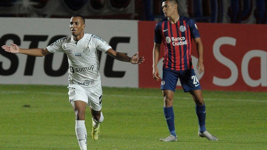 442 | Santos le dio un duro golpe a San Lorenzo y puso un pie en la Copa  Libertadores