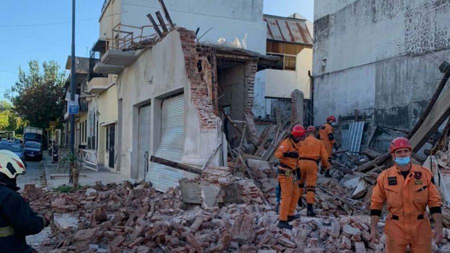 Derrumbe en AV. La Plata y Saraza-20210414