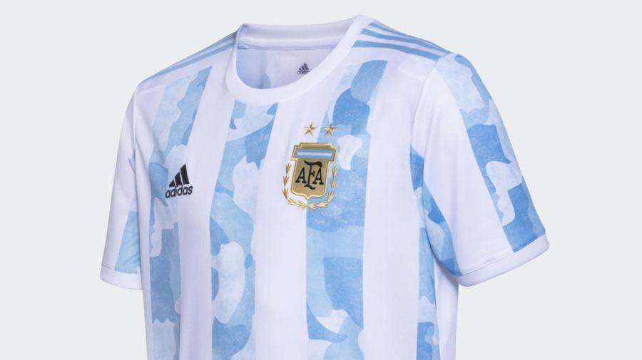 La polémica camiseta de la Selección
