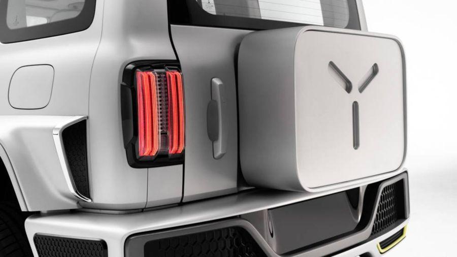Cyber Tank 300: el SUV que mezcla el Clase G con la Bronco