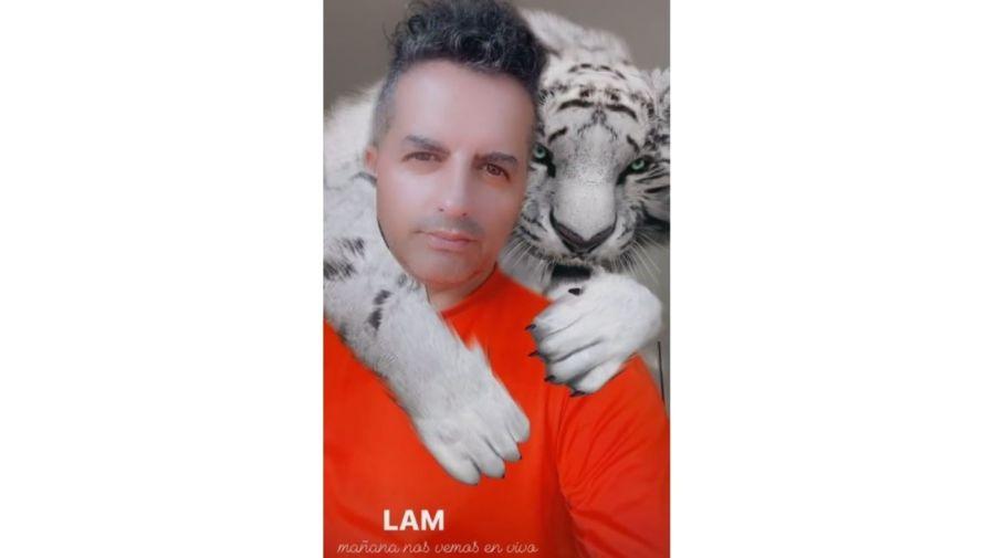 Angel de Brito y el tigre blanco