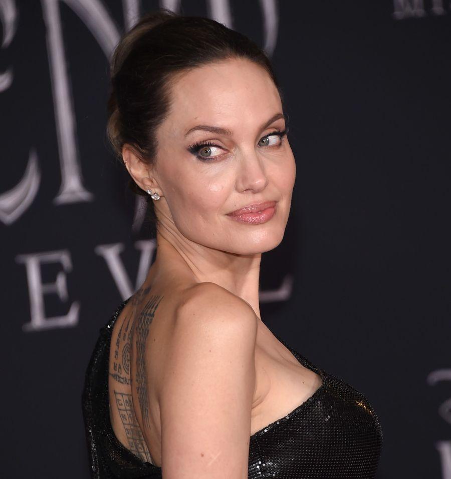 Angelina y Pitt tienen 6 hijos Maddox, Pax, Zahara, John y los mellizos Knox y Vivienne.