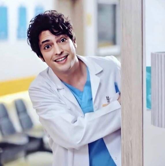 Doctor Milagro: conocé a Taner Ölmez, el protagonista de la serie furor en Telefe