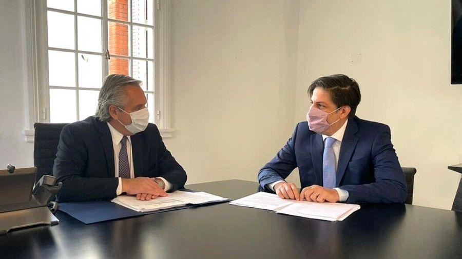 Alberto Fernández con el ministro de Educación, Nicolás Trotta.