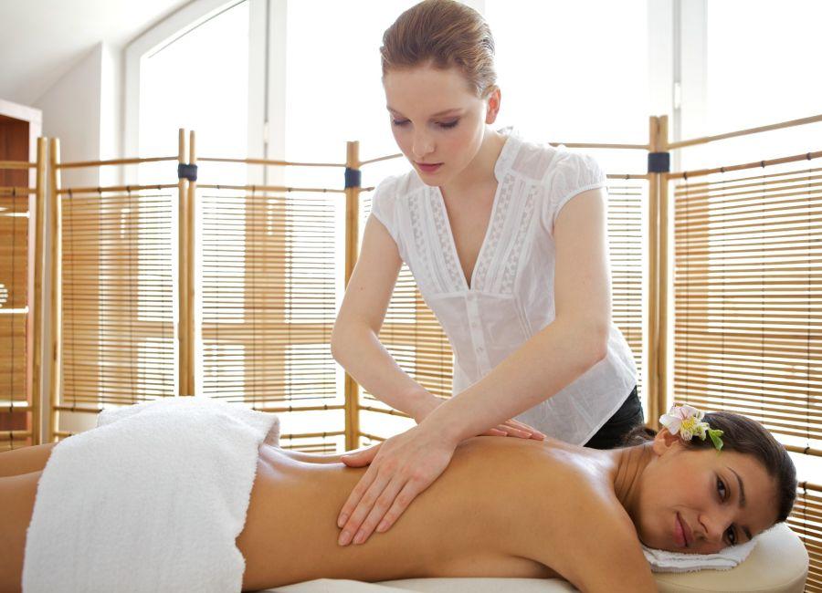 Con el teletrabajo seguramente los dolores aumentaron, sobre todo aquellos que afectan a la columna y a la cintura.
