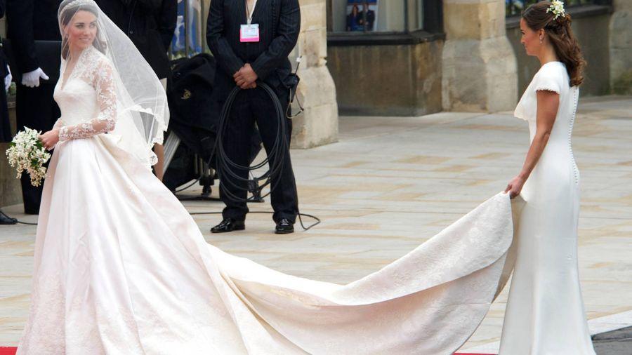 El Principe William y Kate Middleton una década de amor: así fue el vestido de bodas que enloqueció al mundo