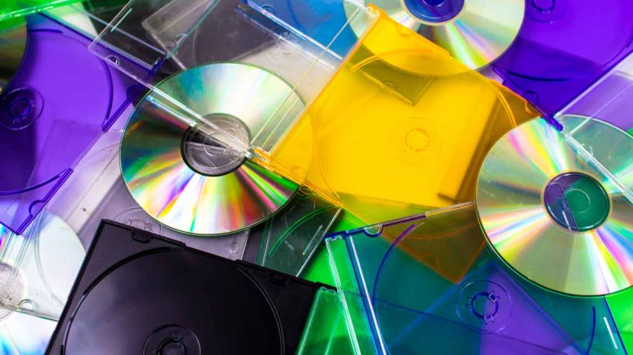 reciclado de CD y paraguas 20210429