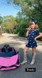 Rocío Guirao Díaz mostró orgullosa el look juvenil y canchero de su hija Roma