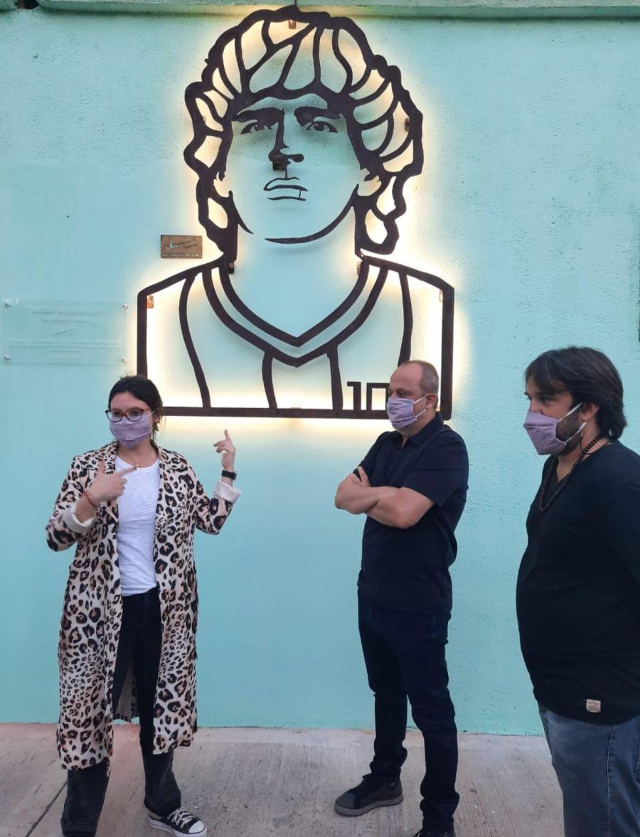 Homenaje diego Maradona iluminado 1 g_20210501