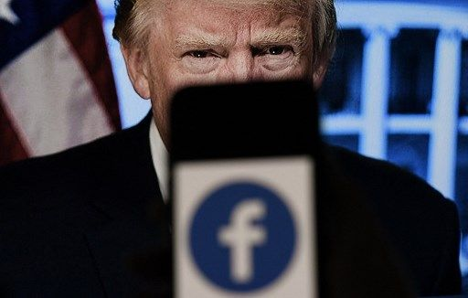 facebookTrumpPelea2021