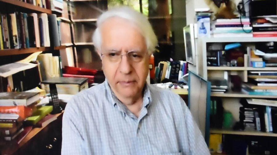 Mark Granovetter, en la entrevista con Jorge Fontevecchia.