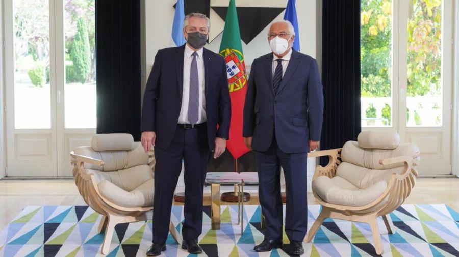 Alberto Fernández con Marcelo Rebelo de Sousa presidente de Portugal 20210510