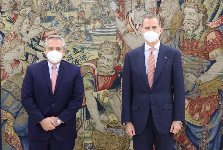 Alberto Fernández se reunió con el rey Felipe de España sin Fabiola Yáñez ni Letizia Ortiz