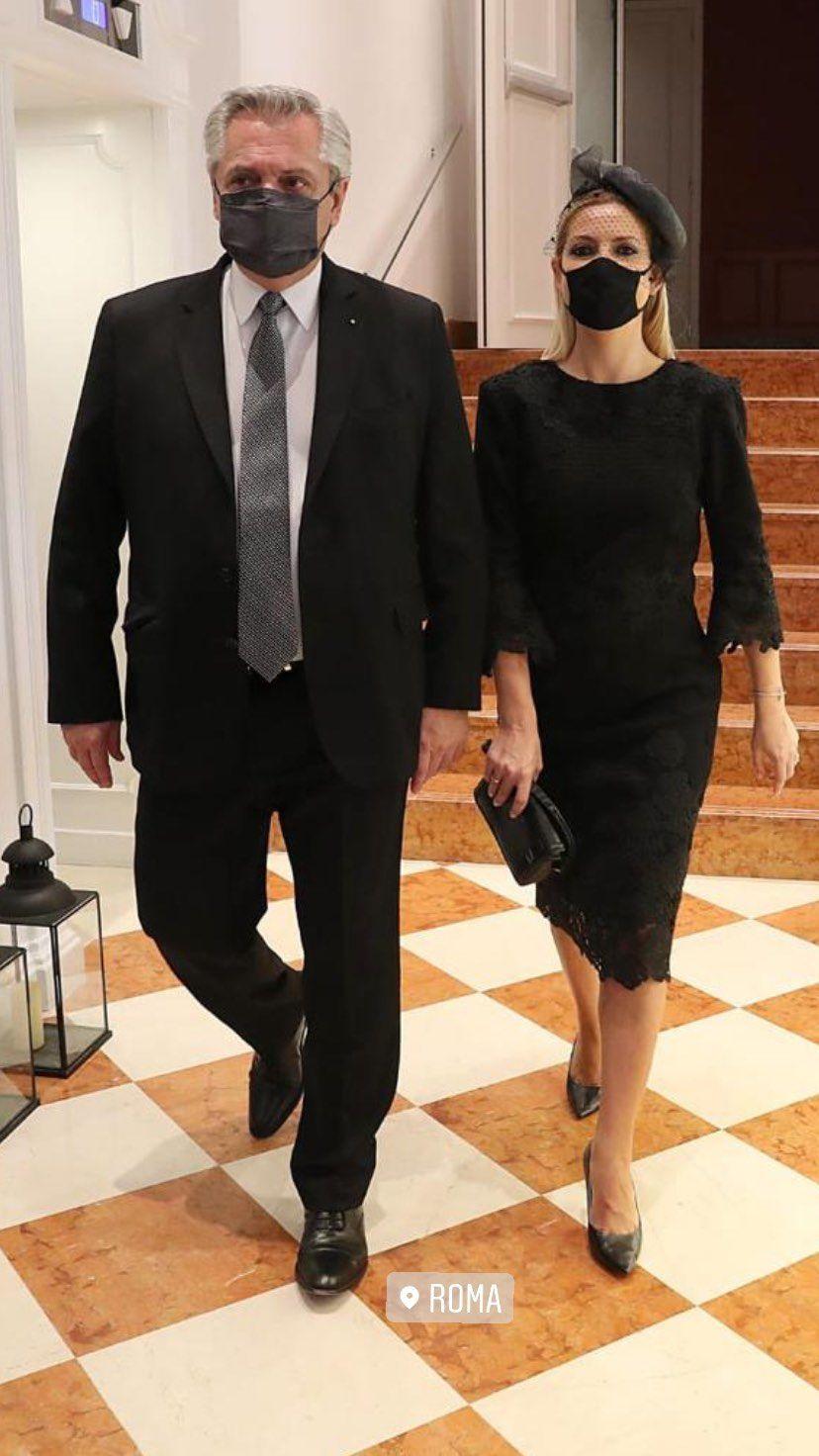 Recorré cada detalles del atuendo de Fabiola Yáñez para la audiencia con el Papa Francisco