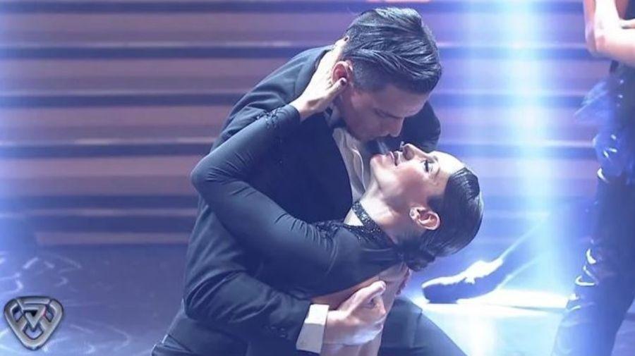 Pampita bailo tango en Showmatch