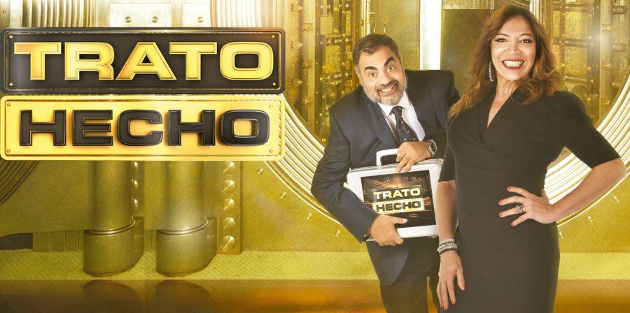 Roberto espera el estreno de su primera película, Ex Casados, una comedia con Jorgelina Aruzzi.