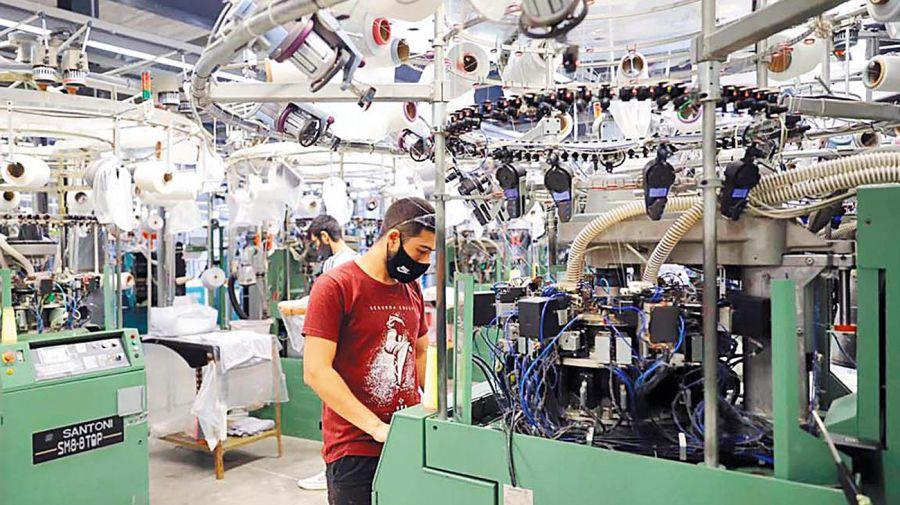 20210522_industria_trabajo_cedoc_g