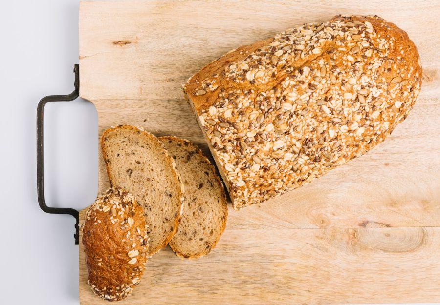 El pan integral es fuente de vitamina B6, importante para las defensas.