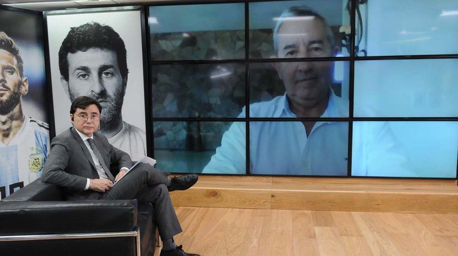 Julio Cobos, en la entrevista con Jorge Fontevecchia.