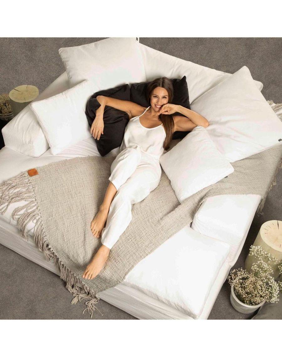 Pampita diseñadora: ¿Cuánto vale decorar con su línea de muebles?