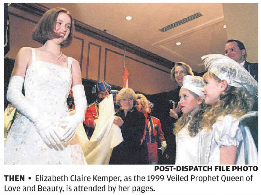 """Una actriz de """"The Office"""" fue coronada """"princesa del Ku Klux Klan"""" a los 19 años"""