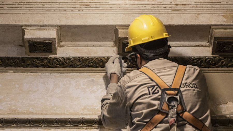 Avance de obras de la remodelación de la Confitería del Molino.