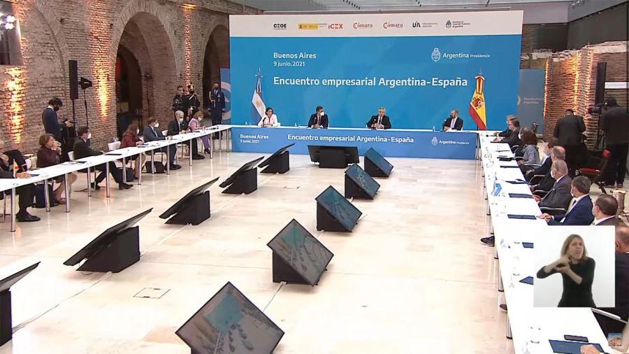 Alberto Fernández y Pedro Sánchez 20210609