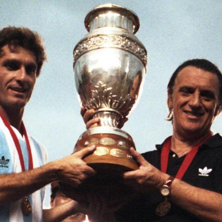 Oscar Ruggeri y Alfio Basile