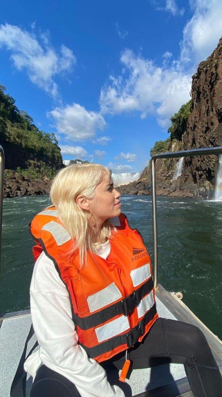 Lali Espósito de vacaciones en Cataratas del Iguazú con DavidVictori