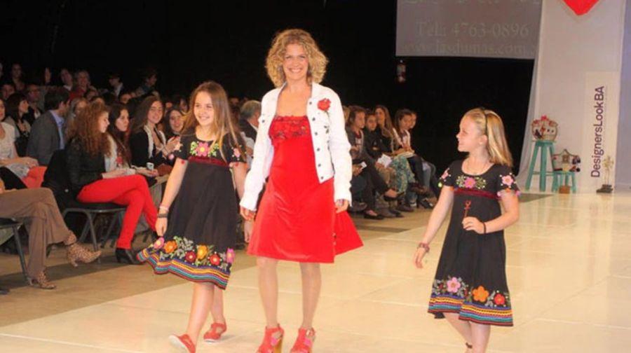 Sofia Sola, la hija de Maru Botana, protagoniza la nueva colección de RickySarkany