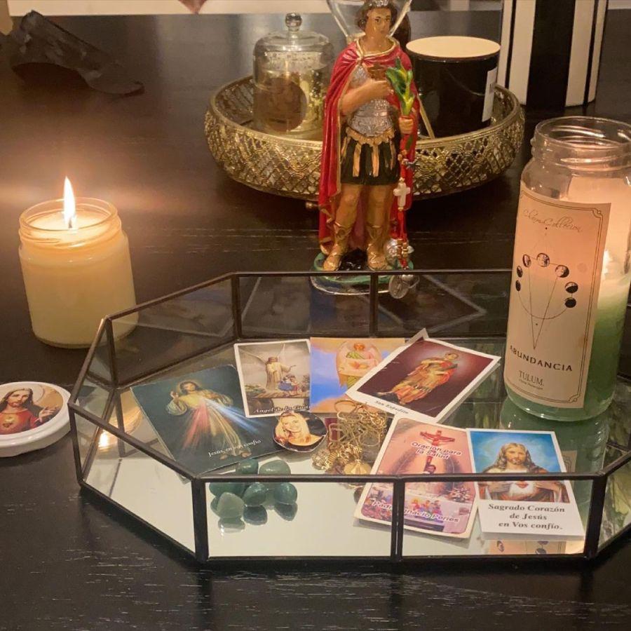 El altar que construyó Mica Tinelli para pedir por su mamá, Soledad Aquino