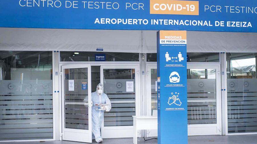 20210626_aeropuerto_ezeiza_coronavirus_xinhua_g