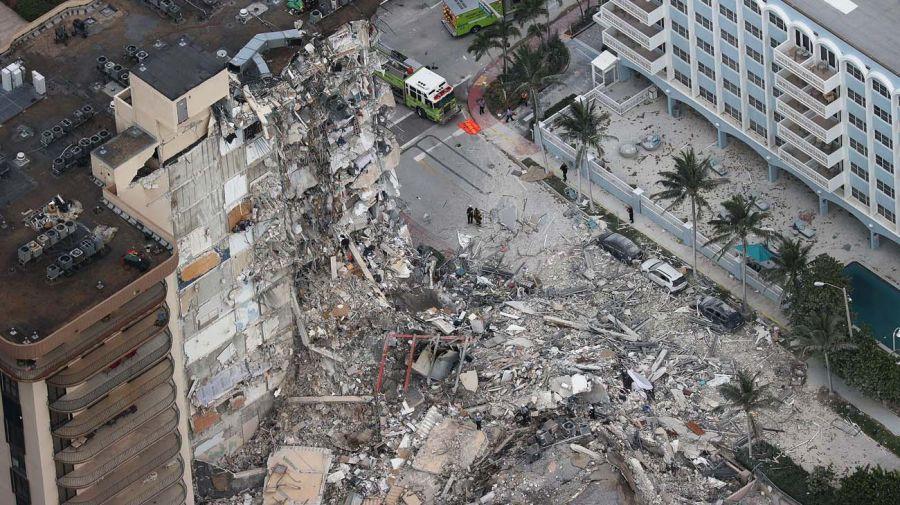 Imágenes del edificio derrumbado en Miami.