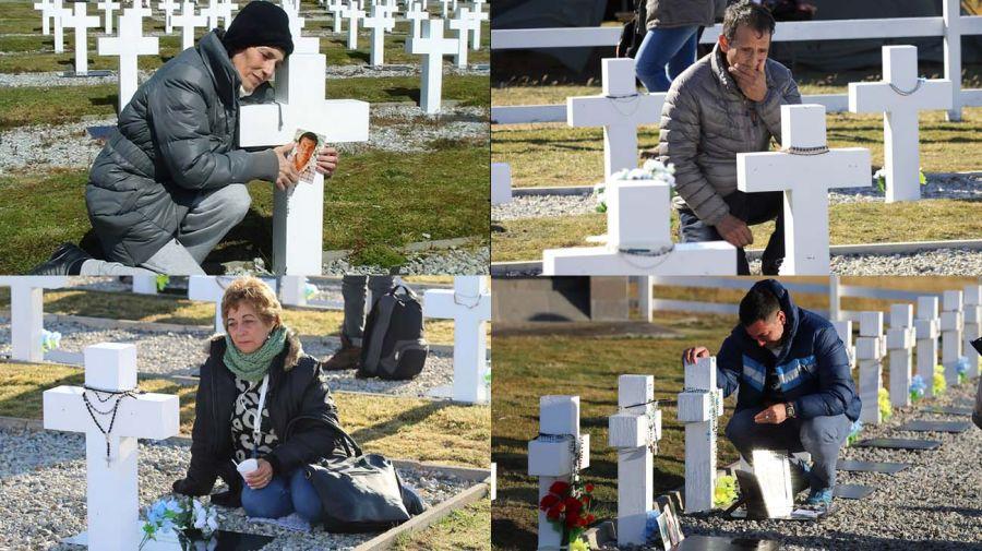 Darwin. El cementerio se encuentra en la isla Soledad. La visita de parte de los familiares de los 227 soldados que pudieron ser identificados.