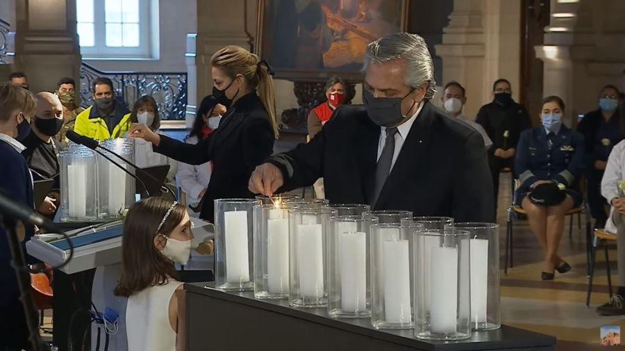 Homenaje a los muertos por Covid
