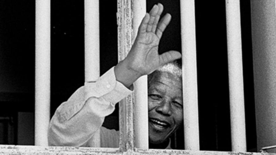Nelson Mandela, 27 años detenido.