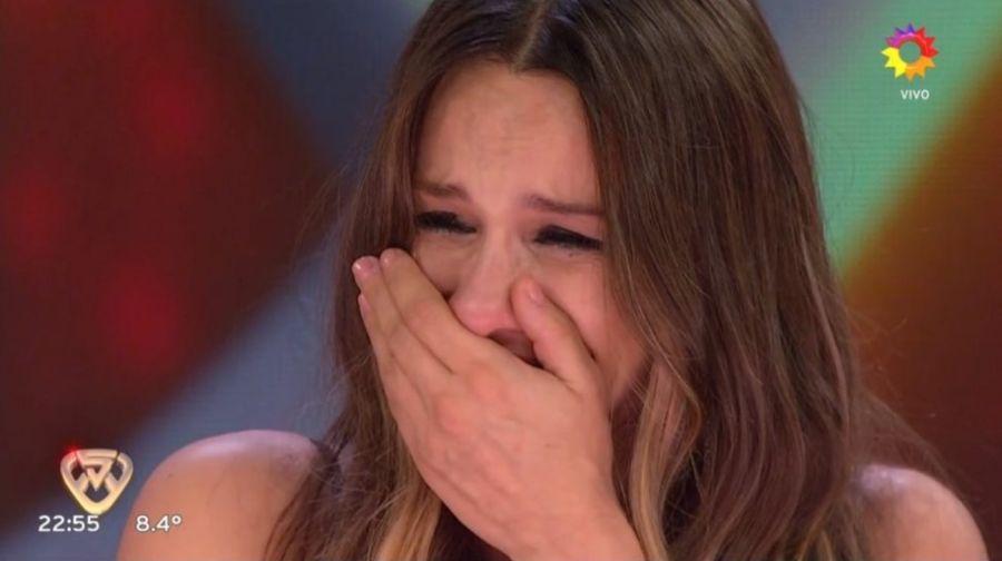 El desconsolado llanto de Pampita por la historia de vida de unbailarínenShowMatch