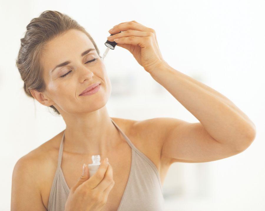 La vitamina C y el protector solar son la pareja perfecta para tener una piel sana, radiante y de tono uniforme