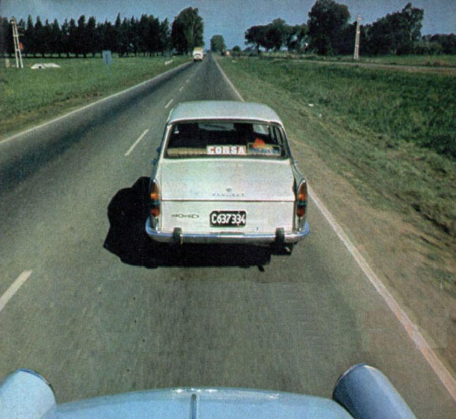Peugeot 404 naftero vs Diésel