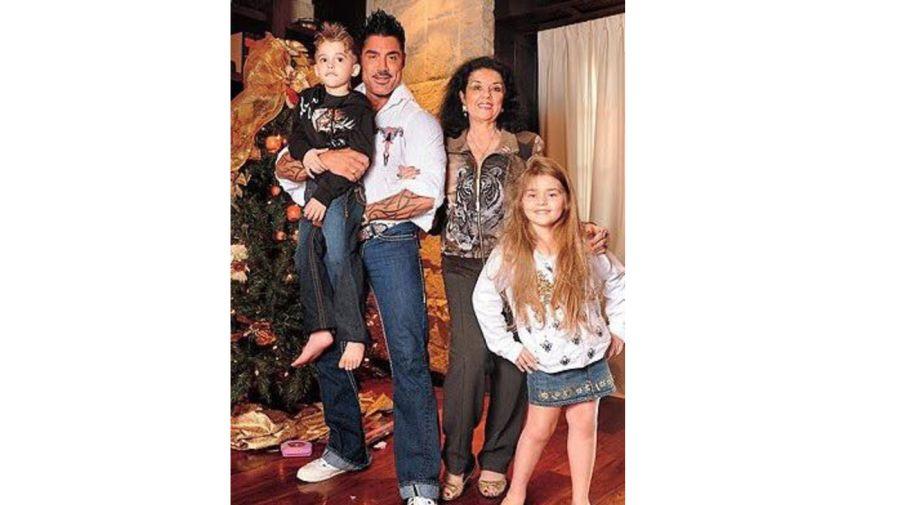Ricardo y su familia 0705
